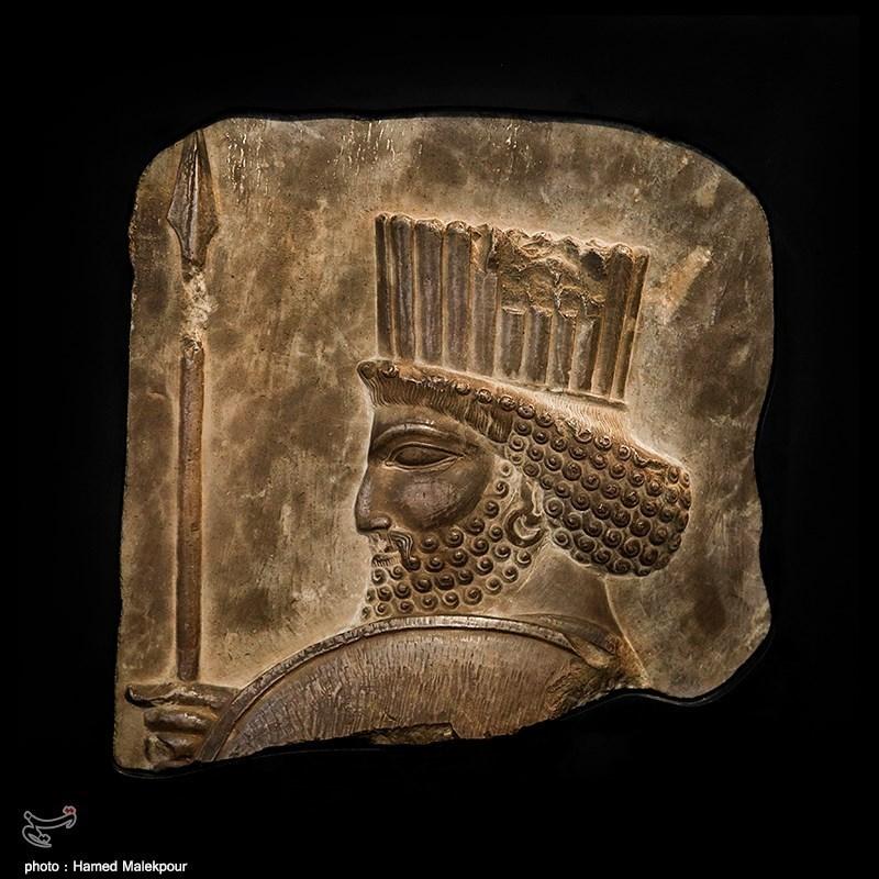 فراخوان به مردم برای واگذاری میراث تاریخی خانوادگی/ورود وزارت خارجه برای پسگیری آثار ایران در موزههای جهان