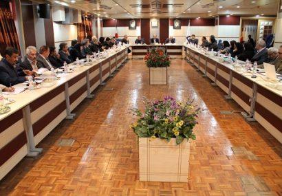 نشست مدیرعامل سازمان با مدیران عامل شرکت های نفتی در استان خوزستان