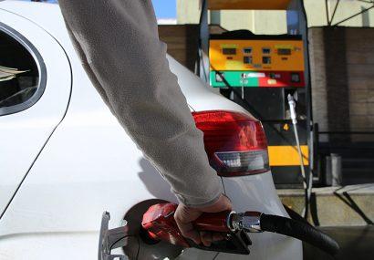 مخالفت مجلس با افزایش و چند نرخی شدن قیمت بنزین