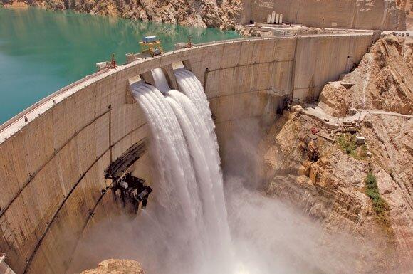 ورودی و خروجی آب سدهای خوزستان در حال کاهش
