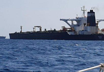 خودداری نفتکشهای BP از عبور از تنگه هرمز