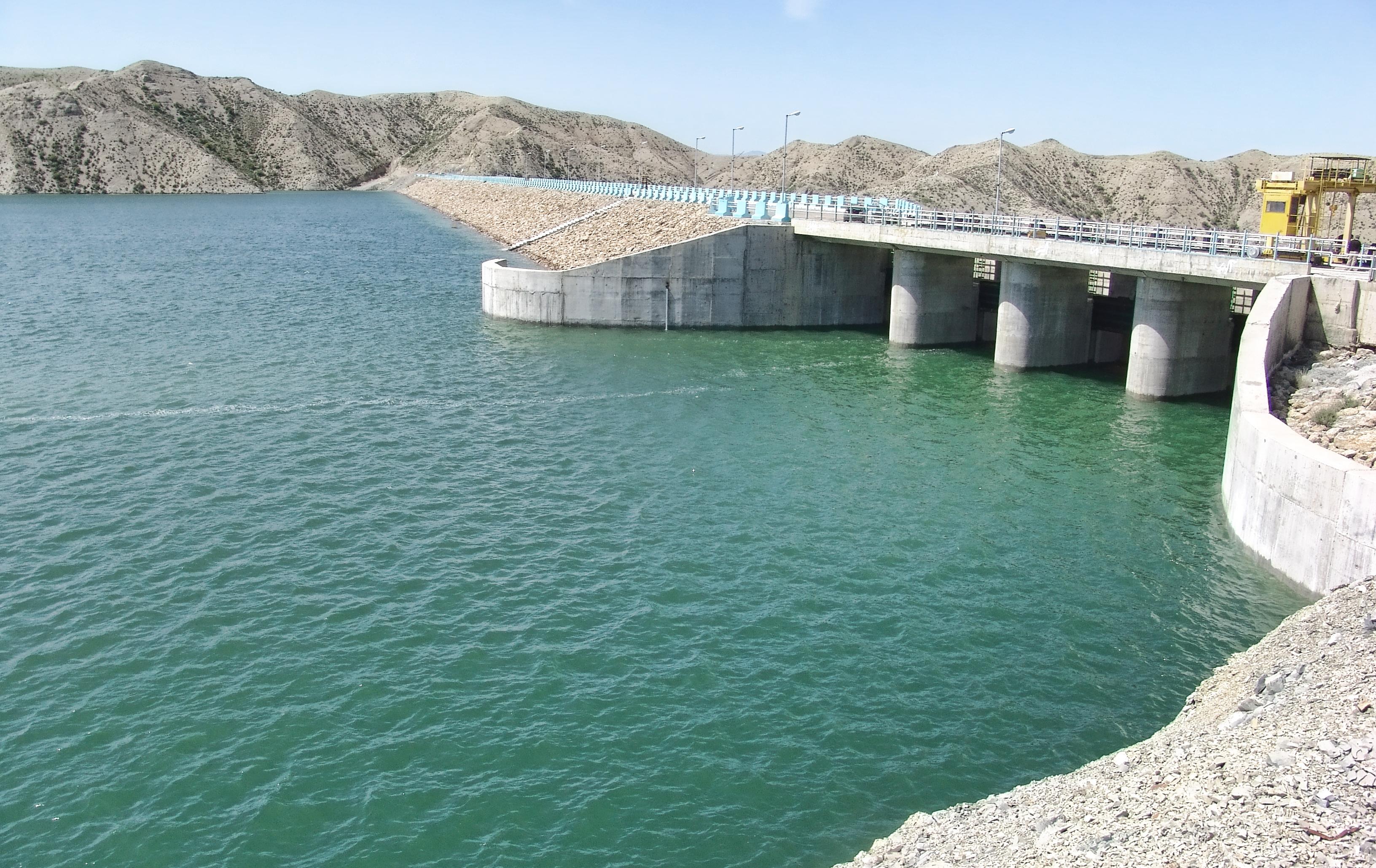 آب سد شیریندره خراسان شمالی رها شد