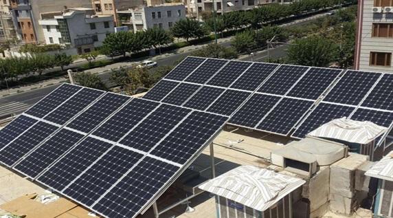 با نصب نیروگاه خورشیدی در پشت بام، ماهانه ۲.۵ میلیون تومان برق به دولت بفروشید