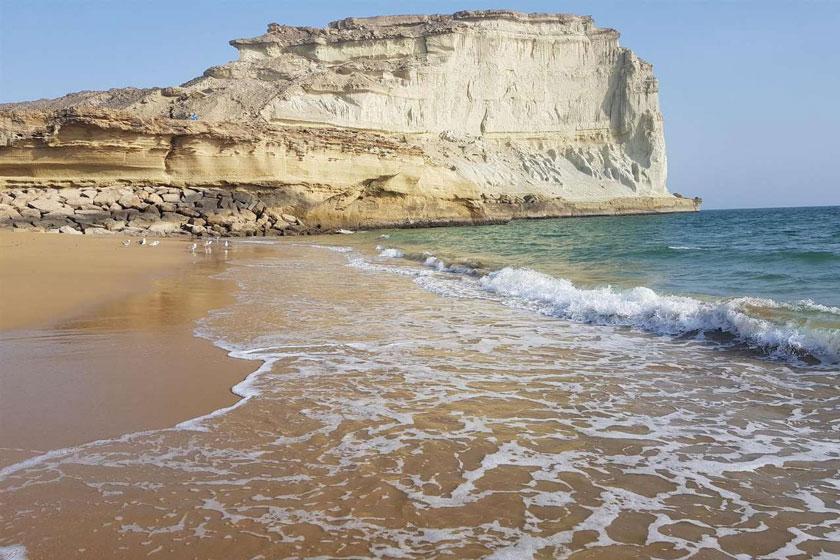 انتقال آب از دریای عمان به استانهای شرقی چه زمان اجرایی میشود؟