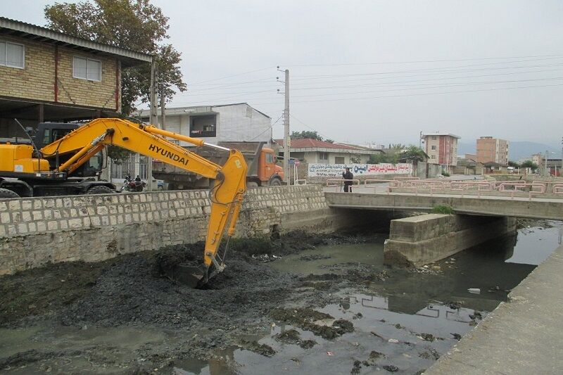 یکهزار و ۵۰۰ متر از نهرهای کهریزک لایروبی شد