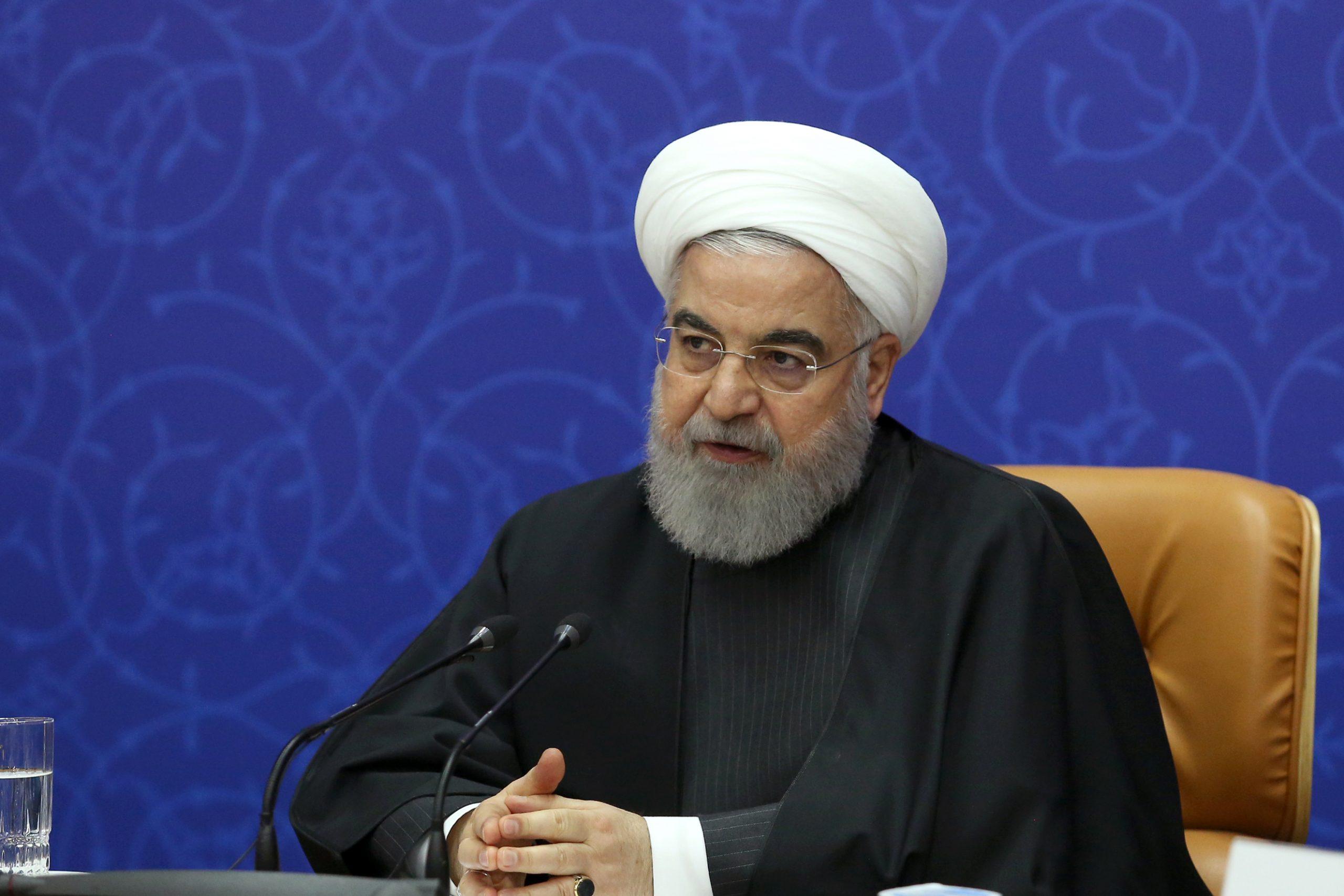 روحانی: خردهفرمایشهای برخی درباره وعدههای دولت منطقی نیست/ درآمد پتروشیمی در سال ۱۴۰۰ به ۲۵ میلیارد دلار میرسد