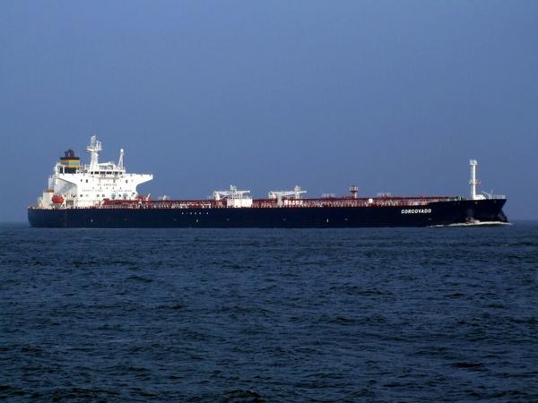 «کرونا» ذخایر نفتی دنیا را روی آب فرستاد!