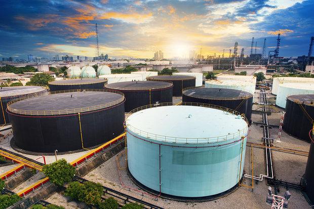 «کرونا» عامل ذخیره نفت مازاد در غارها و قطارها!