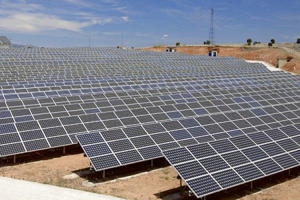 ۸۲۱ مگاوات نیروگاه تجدیدپذیر در حال احداث است