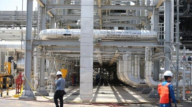 تاسیسات مناطق نفت خیز جنوب بازسازی می شود