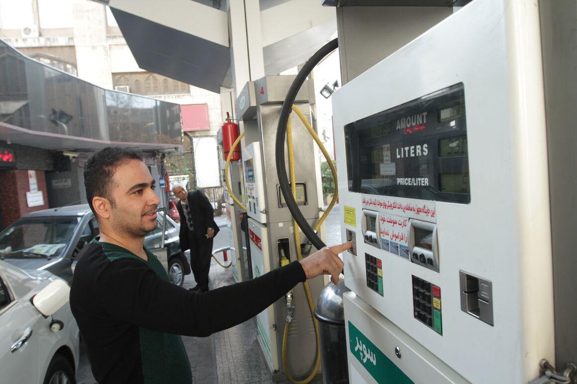 جایگاههای عرضه سوخت استان البرز بصورت مداوم کنترل می شوند