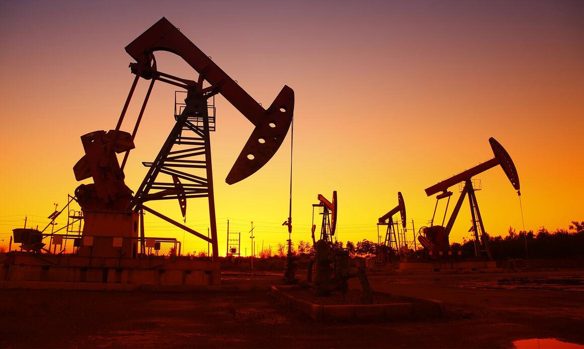 دکلهای حفاری نفت و گاز آمریکای شمالی کاهش یافت