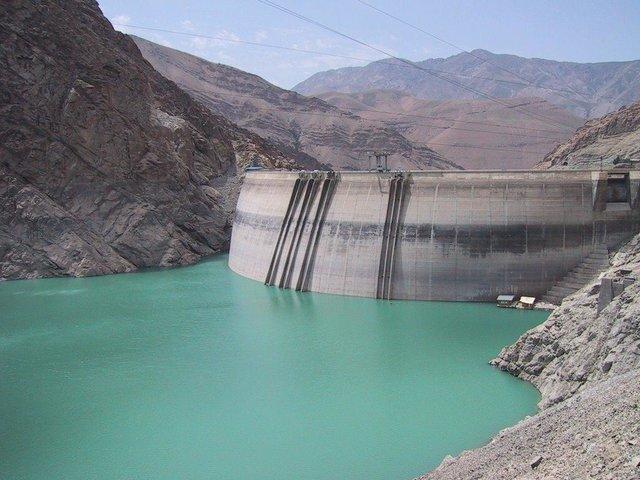 ذخایر آب سدهای کشور 4 درصد کاهش یافت