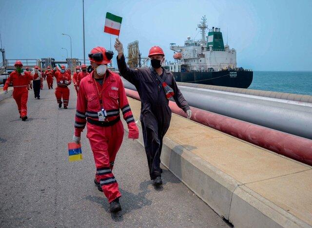 سومین نفتکش ایرانی حامل بنزین امروز به ونزوئلا رسید