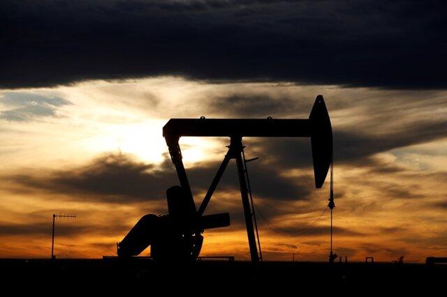 آمریکا ترمز تولید نفت را کشید