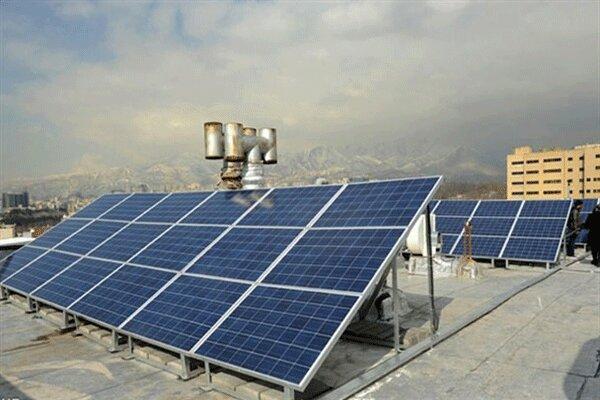 پنل های خورشیدی به کمک خانواده های نیازمند آمد
