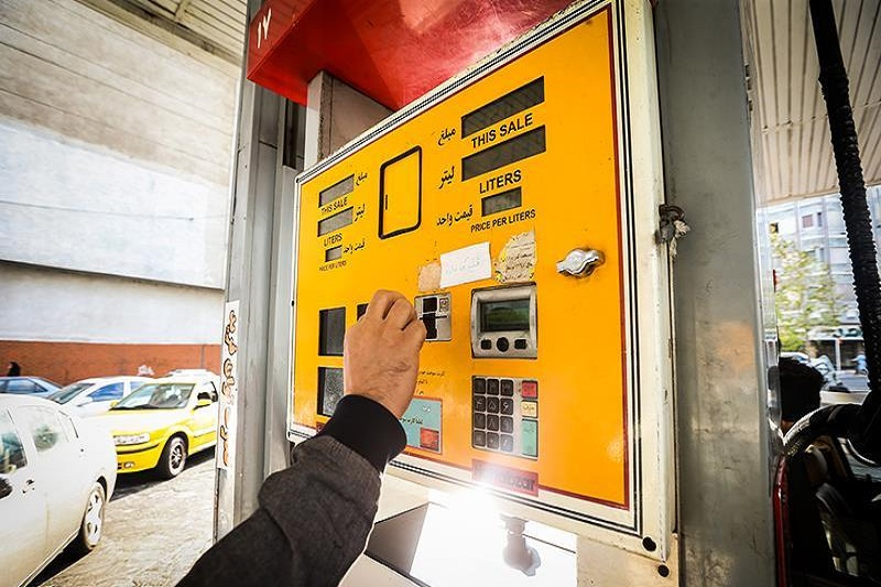 سهمیه بنزین ایثاگران فقط قابل استفاده برای مالکان و در جایگاه
