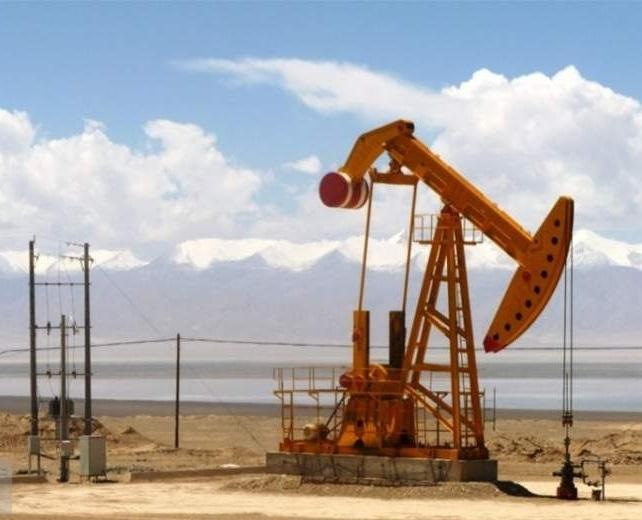 قیمت جهانی نفت در روز ۹۹/۰۴/۰۴