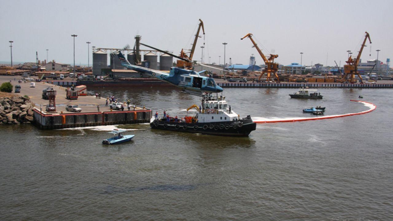 مقابله با آلودگی نفتی در خلیج فارس