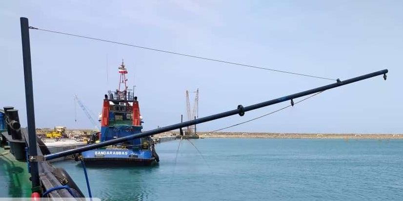 برگزاری تمرین مقابله با آلودگی نفتی دریا در بندر چابهار
