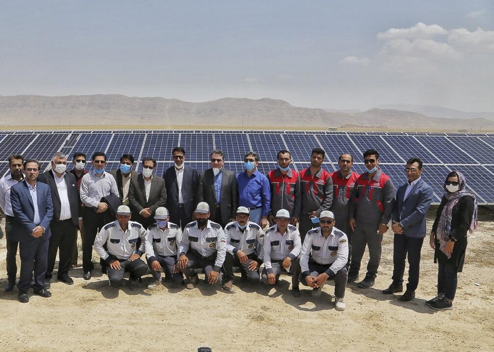 تولید انرژی خورشیدی در فارس با تکیه بر توان داخلی