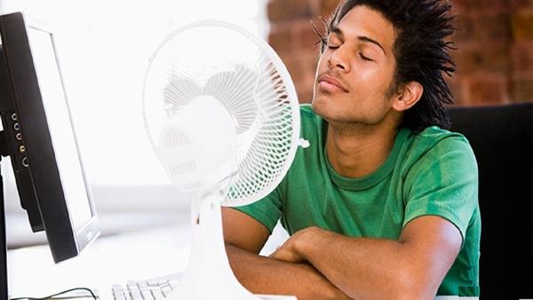 صرفه جویی در مصرف برق با ترفندهای ساده برای خنک کردن خانه