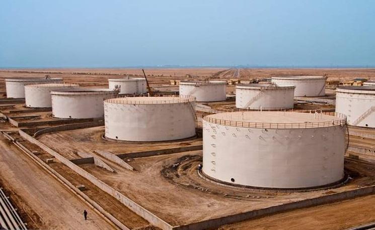 پر شدن تمام مخازن نفت ایران