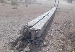 ۴۷ تیر برق در سیستان و بلوچستان توسط طوفان تخریب شد