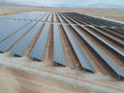 نیروگاههای خورشیدی و طرحهای تامین برق در استان فارس بهرهبرداری شدند