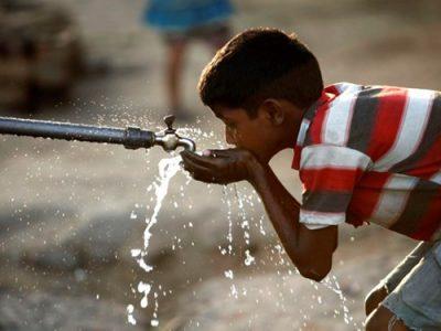 دسترسی ۵۰۰ خانواده در منطقه محروم قلعه گنج به آب شرب سالم