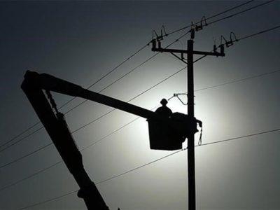 قطعی برق دانشآموزان و دانشجویان زنجانی را در امتحانات پایان ترم با مشکل مواجه کرد
