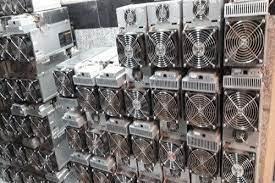 جریمهی ۵ میلیارد تومانی برق ماینرهای غیرمجاز در کاشان
