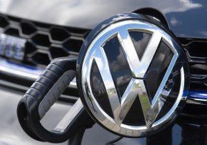 فولکس واگن تا ۲۰۳۵ فروش خودروی بنزینی را متوقف می کند