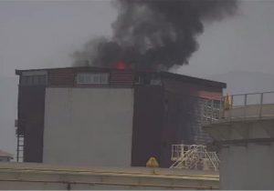 مهار حریق ساختمان مسکونی مجاور شرکت نفت منطقه چالوس