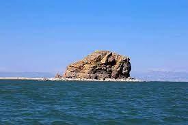 سطح تراز آب دریاچه ارومیه ۶۰ سانتیمتر کاهش یافت/ پروژههای احیا به مشکل خورده است؟