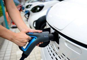 چین به زودی معبد خودروهای برقی دنیا خواهد شد