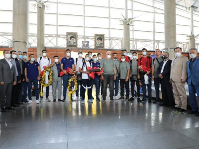 بازگشت ملی پوشان والیبال به ایران/ حضور معاونان و مدیران بانک گردشگری در مراسم استقبال