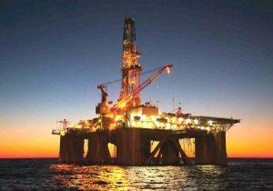 کاهش ۴۴۴ هزار بشکه ای تولید روزانه نفت مکزیک در اثر انفجار سکوی نفتی