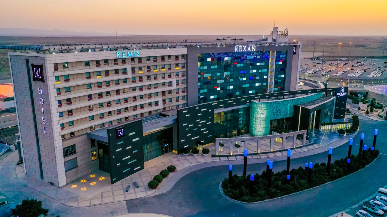 """نشان هتلهای فرودگاهی امام خمینی(ره) به """"رکسان"""" تغییر کرد"""