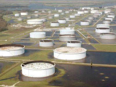 کاهش ذخایر استراتژیک نفتی آمریکا به دنبال طوفان ایدا