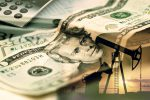 افزایش قیمت نفت در پی کاهش شدید ذخیرهسازیهای آمریکا