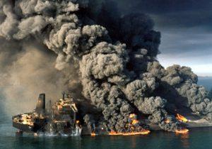 داغ قطع یک روز صادرات نفت بر دل دشمن ماند