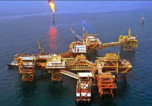 از جیب نفت خرج کردیم تا همسایهای از ما نرنجد/ ریاض به تدریج قدرت نفتی خود را از دست میدهد/ چرا ایران از توسعه یکپارچه میادین مشترک جا ماند؟