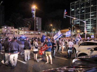 دومین هفته اعتراضات شهروندان اسرائیلی علیه توافق نفتی امارات