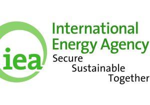 سرمایهگذاری جهان در انرژی پاک باید ۳ برابر شود
