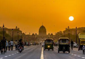 خاموشی در کمین پایتخت هند